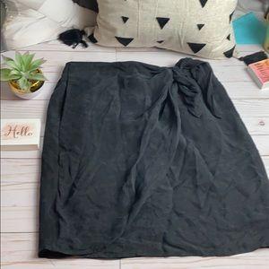 JCREW sexy silk like wrap skirt! SZ 14 in black